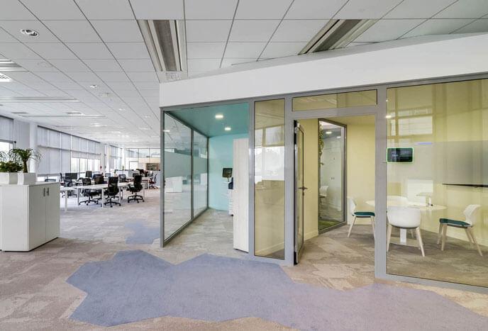 Aménagement bureaux open space modernes
